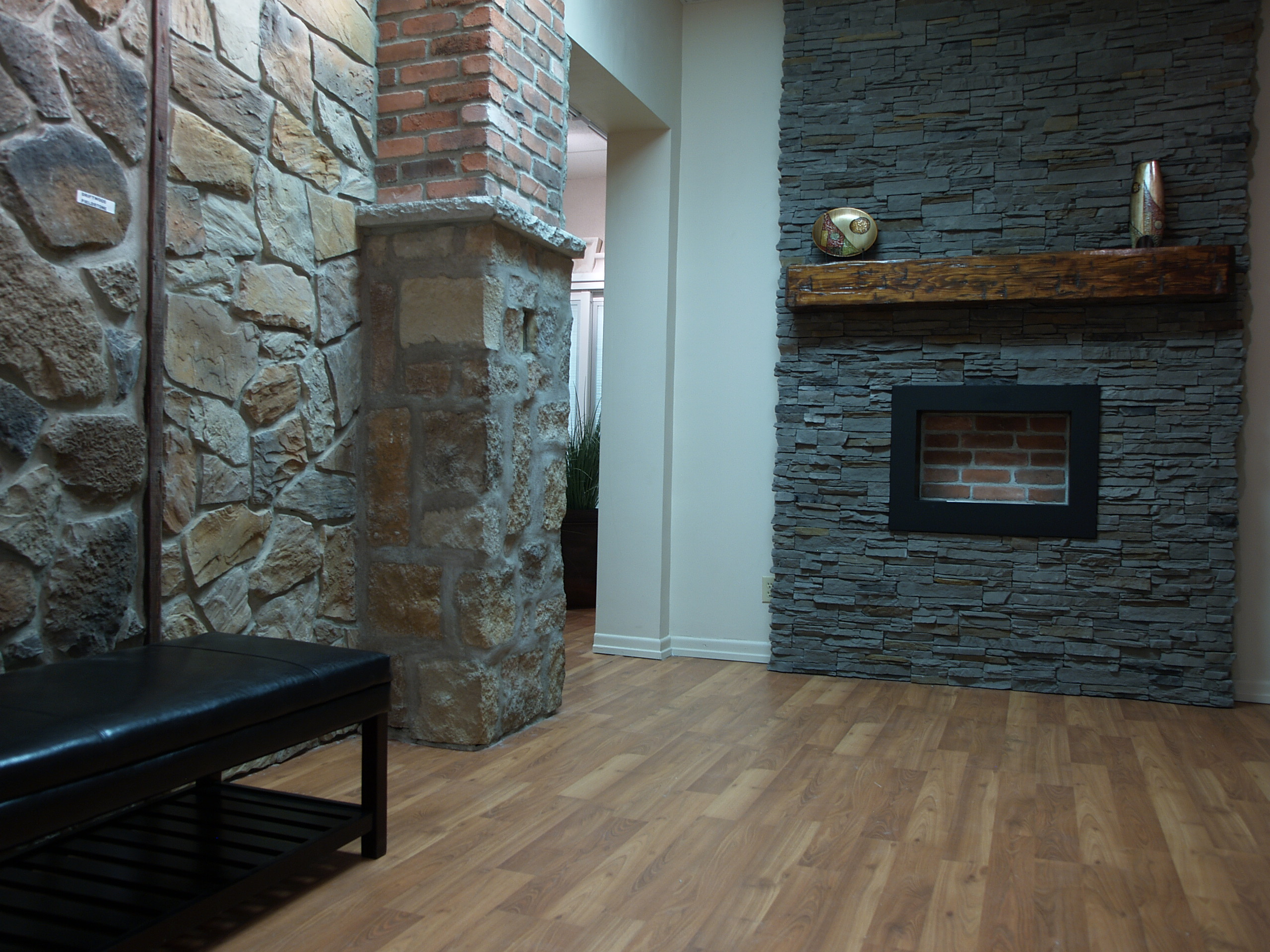 Modern Stone Veneer : Welcome to the world of faux stones in mississauga