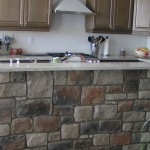 Rustic kitchen with Clasic Cut Stone Veneer
