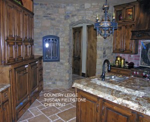 Rustic kitchen in fieldstone veneer