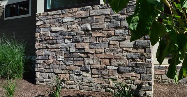 KENTUCKY - Exterior accent wall